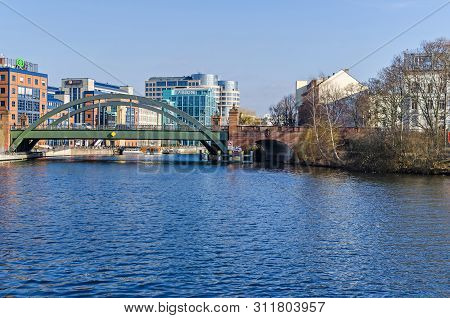 Berlin, Germany - February 14, 2019: Banks Of The River Spree And The Newly Designed Area In A Distr