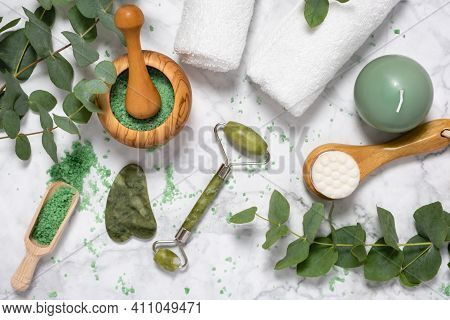 Natural Wellness And Anti Aging Skin Care With Beauty Jade Roller, Gua Sha , Bath Salt And Eucalyptu