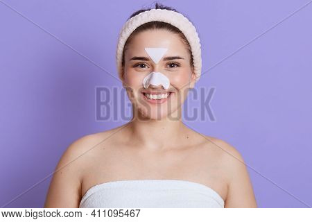 Beautiful Girl Removing Blackheads, Doing Cosmetic Procedures, Looks At Camera, Posing With Bare Sho