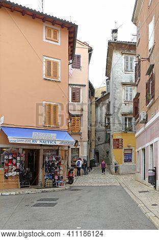 Rovinj, Croatia - October 15, 2014: Small Streets At Autumn Day In Old Town Rovinj, Croatia.
