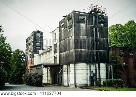 Lynchburg, Tennessee, United States - July 31 2009: Grain Mill Building At The Jack Daniels Distille