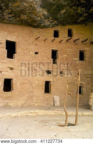 Ladder Into Spruce Tree House In Cliff Palace In Mesa Verde National Park, Ruins Of An Anasazi Puebl