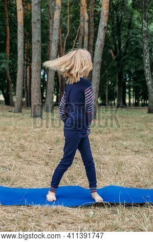 Kids Outdoor Fitness Circuit Summer Activity Games. Outdoor Activities For Kids. Little Girl Doing S