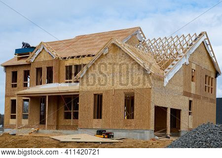Rafters Ahd Roof Of A Plywood House New Lumber Wall