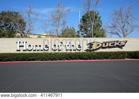ANAHEIM, California -USA - March 6, 2021: Honda Center exterior view. Sign for the Mighty Ducks. The Honda Center is an indoor arena and home of the Anaheim Mighty Ducks of the National Hockey League.