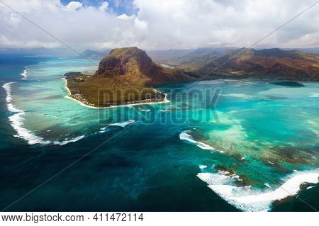A Bird's-eye View Of Le Morne Brabant, A Unesco World Heritage Site.coral Reef Of The Island Of Maur