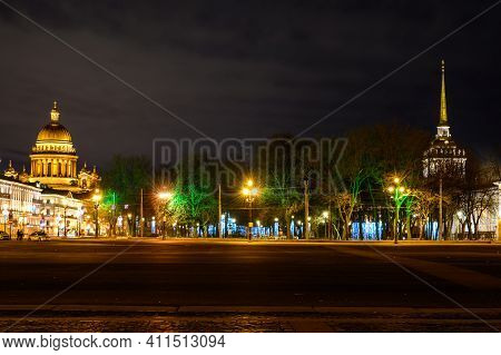 View Of St. Isaacs Cathedral And The Admiralty. Palace Square St. Petersburg. New Year Christmas Tre