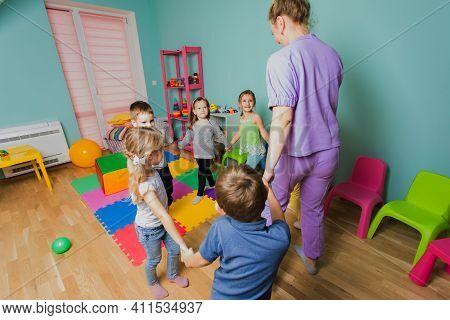 Joyful Dancing Classes For Kids At Daycare