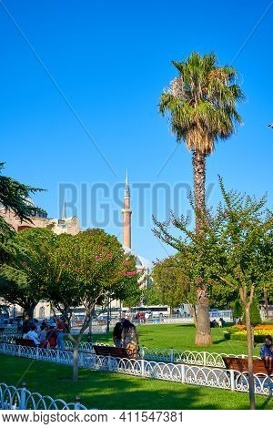 Walking Tour Of Istanbul. Rest In The Park At Sultanahmet Square. Weekend In Istanbul. Turkey , Ista