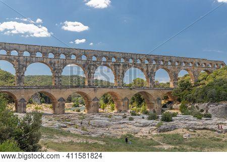 Pont Du Gard, Famous Old Roman Acqueduct, Nimes, France, Europe