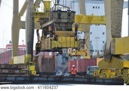 Jakarta, Indonesia - November 15, 2015 : Activities In The Port Of Tanjung Priok Port Jakarta - Indo