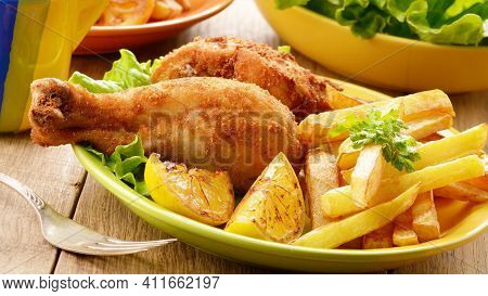 Deep French Fried In Oil Roasted Leg Piece Of Chicken Tasty And Delicious Chicken Roasted And Fried