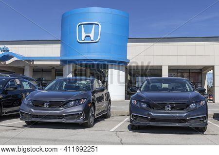 Indianapolis - Circa March 2021: Honda Motor Co. Automobile And Suv Dealership. Honda Manufactures A
