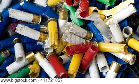 A Large Number Of Hunting Blank Cartridges Of 12 Gauge. Many Shotgun Cartridges In Different Colors