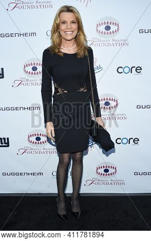 LOS ANGELES - SEP 09:  Vanna White arrives for  the Brent Shapiro Foundation Summer Spectacular on September 09, 2017 in Beverly Hills, CA