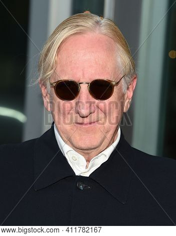 LOS ANGELES - JUL 25:  T Bone Burnett arrives for 'An Inconvenient Sequel: Truth To Power' Screening on July 25, 2017 in Hollywood, CA