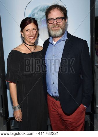 LOS ANGELES - JUL 25:  Rainn Wilson and Holiday Reinhorn arrives for 'An Inconvenient Sequel: Truth To Power' Screening on July 25, 2017 in Hollywood, CA