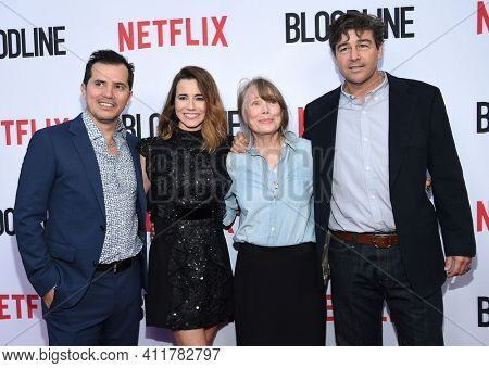 LOS ANGELES - MAY 24:  John Leguizamo, Kyle Chandler, Linda Cardellini and Sissy Spacek arrives for  the 'Bloodline' Season 3 Premiere on May 24, 2017 in Culver City, CA
