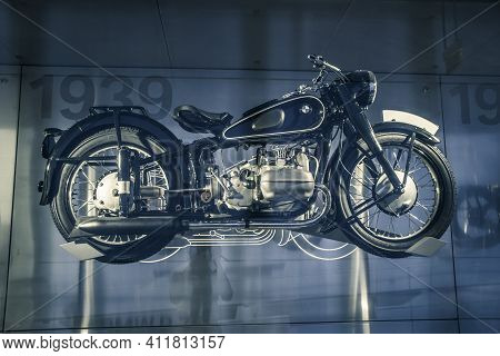 Munich, Germany - May, 24 2019:  Classic Motocycle Bmw R71 1939 In Bmw Museum, Welt