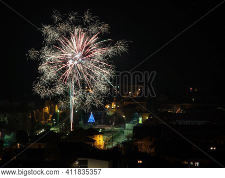 Fireworks That Erupt On New Year's Eve