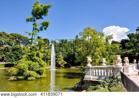 Pond With Fountain In Buen Retiro Park, Madrid, Spain