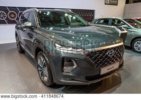 Hyundai Santa Fe Car Showcased At The Brussels Autosalon 2020 Motor Show. Brussels - January 9, 2020