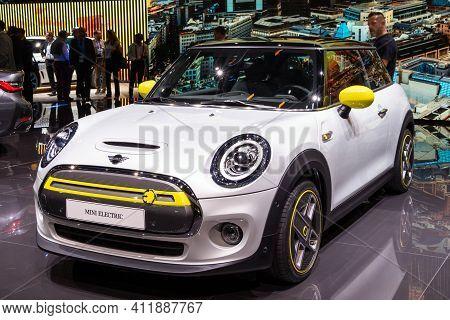 Frankfurt, Germany - Sep 10, 2019: Mini Cooper Se Ev Electric Car Debut At The Frankfurt Iaa Motor S