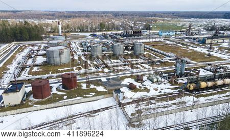 Refinery And Storage Facilities Of Oil And Petroleum Products. Oil Products Reservoirs. Bitumen Plan