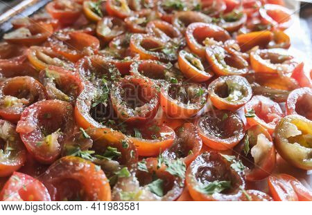 Tomato Halves Are Laid Out On A Platter And Sprinkled With Seasonings And . Fresh Tomatoes Ready For