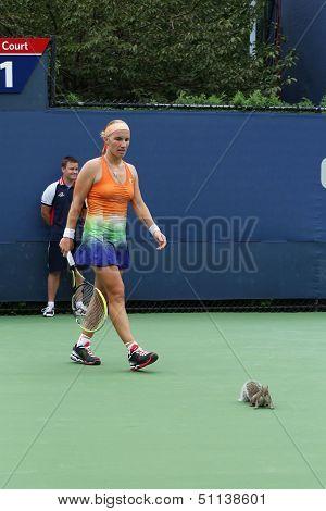 Squirrel interrupted third round match between Svetlana Kuznetsova  and Flavia Pennetta at US Open