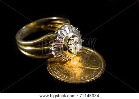 Precious Ring With Diamonds