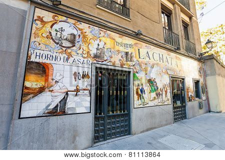 La Chat Restaurant Painted Facade On A Spring Day In Madrid