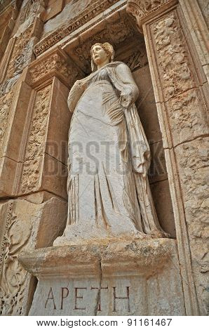 An elegant statue at the Celsus library