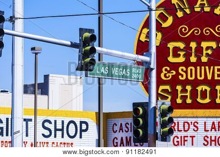 Traffic Light Of Las Vegas Boulevard And Bonanza Souvenir Sign Background