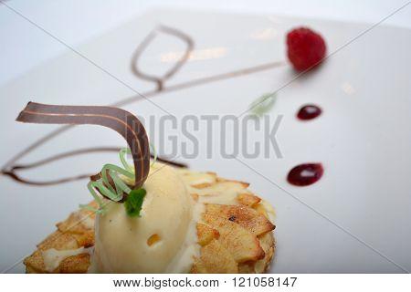 Postre Gourmet, Vainilla con Chocolate.
