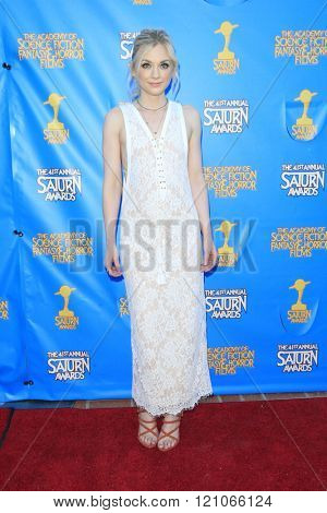 BURBANK - JUN 25: Emily Kinney at the 41st Annual Saturn Awards at The Castaway on June 25, 2015 in Burbank, California,