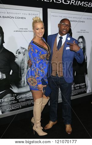 LOS ANGELES - MAR 3:  Tommy Davidson at the The Brothers Grimsby Premiere at the Regency Village Theater on March 3, 2016 in Westwood, CA