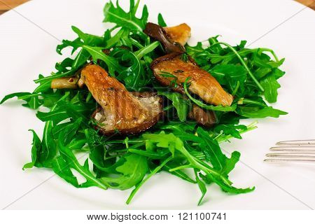 Salad, Arugula and Fried Oyster Mushrooms