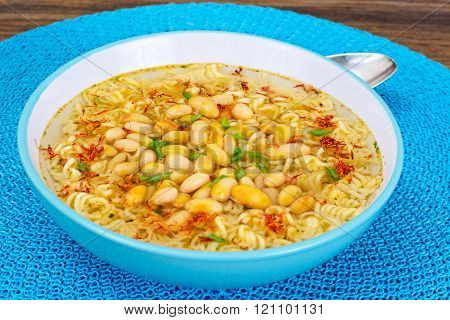 Tasty Bean Soup with Chinese Noodles