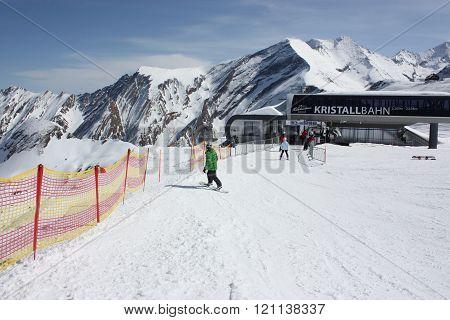 Kaprun, Austria - MARCH 10: Ski lift Kristallbahn on the Kaprun skiing resort, Alps. MAR 10, 2012 in Kaprun, Austria.