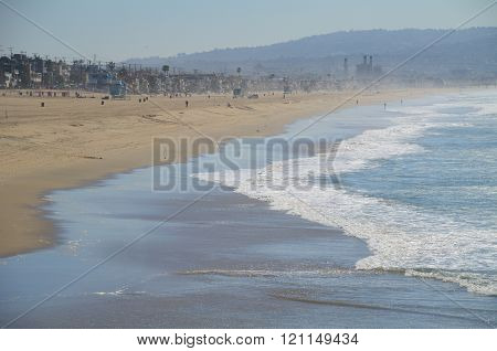 Los Angeles Beach Side Side View