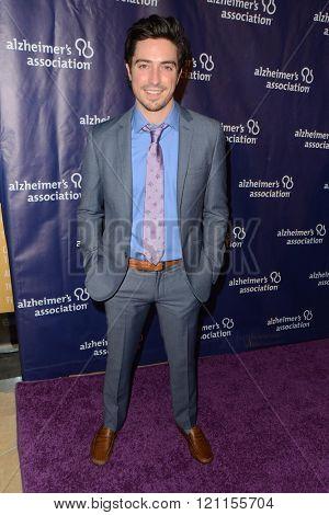 LOS ANGELES - MAR 9:  Ben Feldman at the A Night at Sardis - 2016 Alzheimer's Association Event at the Beverly Hilton Hotel on March 9, 2016 in Beverly Hills, CA