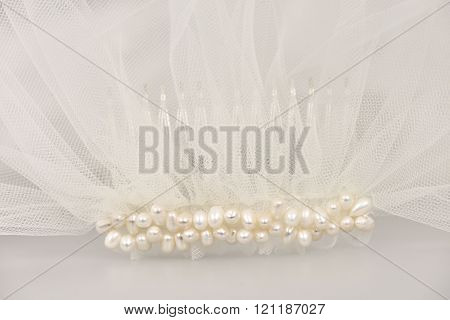 Wedding veil with a pearl comb