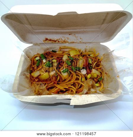 Spaghetti With Tomato Sauce In A  Bagasse (sugarcane) Box