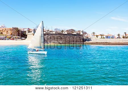Sailing at the Forte de Bandeira in Lagos Portugal