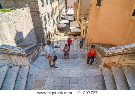 Dubrovnik, Croatia, July 03, 2010: Unidentifed Tourists Visiting Old Town Of Dubrovnik, Dubrovnik Is