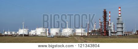 Distillation columns, pipes and other equipment furnaces refinery
