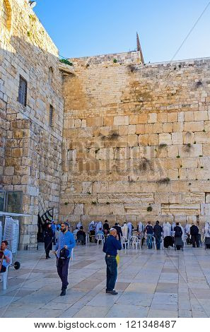 The Worshipers At The Western Wall