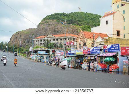 Thuy Van Beach Road Of Vung Tau City