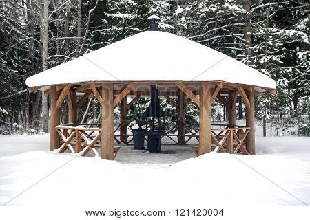 Big Summerhouse With Hearth In Winter